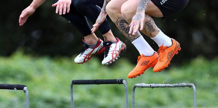 مقدمة حول آليات  تطوير و تنمية القدرة البدنية القوة المميزة بالسرعة لدى رياضي النخبة و الرياضيين الناشئين